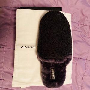 NIB Vince Gray Faux Fur Slippers Size L 9-11